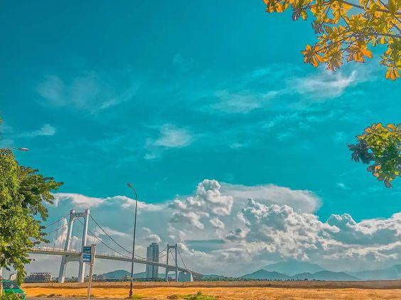 STT về bầu trời xanh